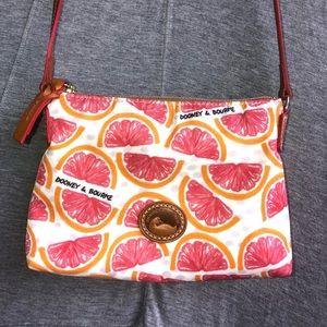 Grapefruit purse